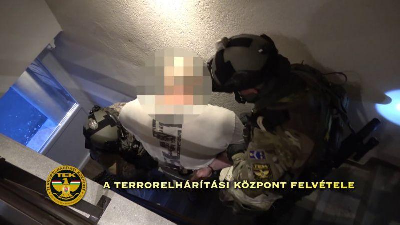 Szolnoki pénzmosó-maffiára csapott le a rendőrség a TEK-kel együtt