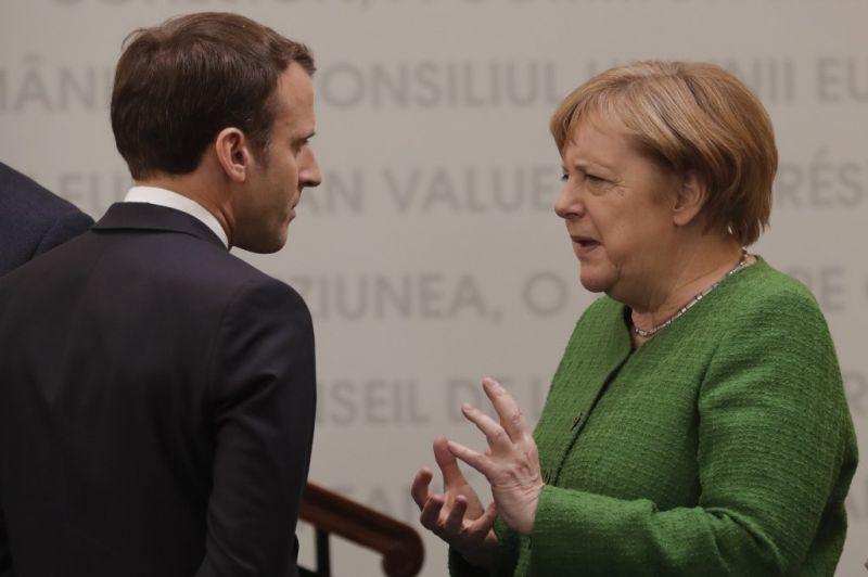 Merkel és Macron gesztusokat vár Putyintól