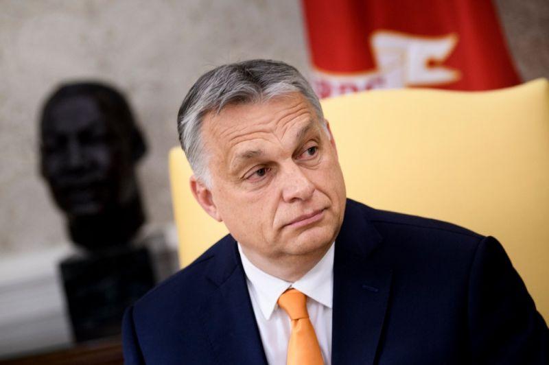 Orbán ajtót mutatott a néppárti bölcsek tanácsának
