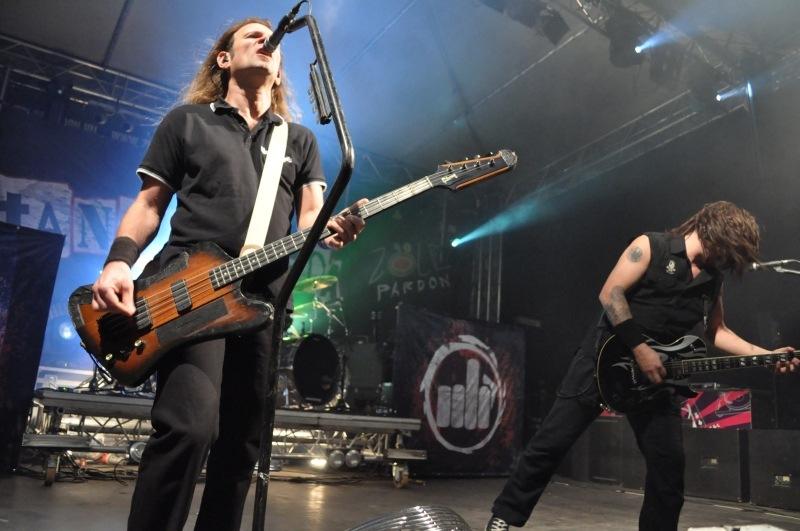 Metallicát magyarít a Tankcsapda énekese