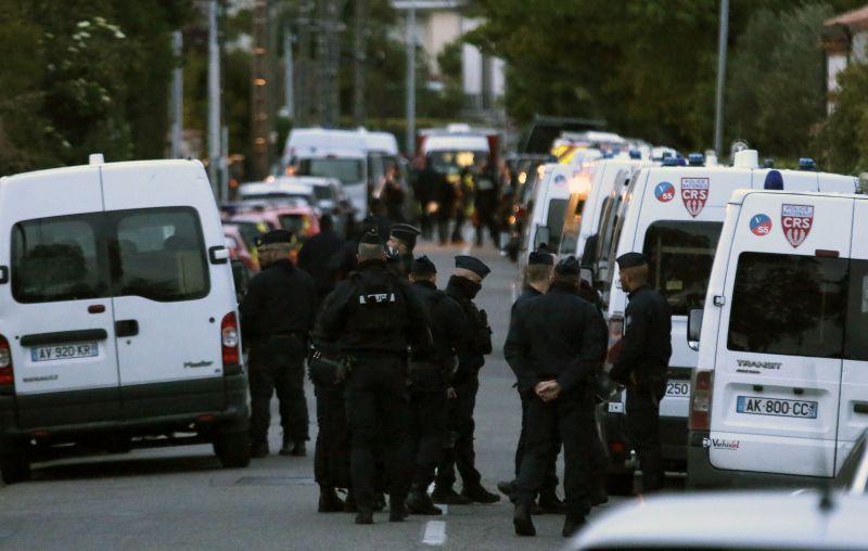 Őrizetbe vették a franciaországi túszejtőt