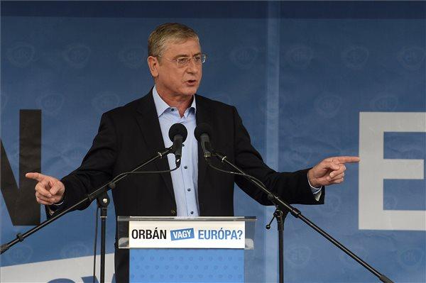 Gyurcsány: Orbánék csak a mandátumok 20 százalékát szerzik meg
