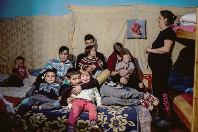 Orbán Viktor kitartást és minden jót kívánt a kilakoltatás előtt álló kilencgyerekes családnak