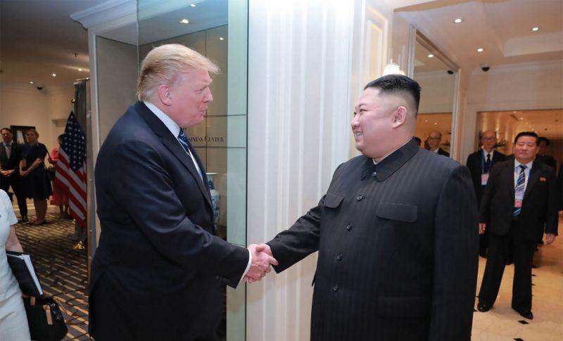 Trump ellenzi, hogy a CIA informátorokkal kémkedjen Kim Dzsong Un után