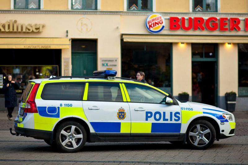 Rendőrök meglőttek egy férfit a pályaudvaron – videó