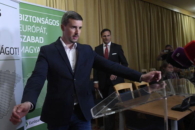 Új frakcióvezetőt választ a Jobbik