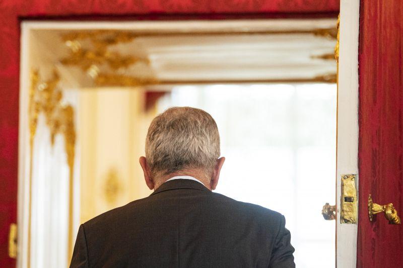 Az osztrák alkancellár Brüsszelből is kibukott