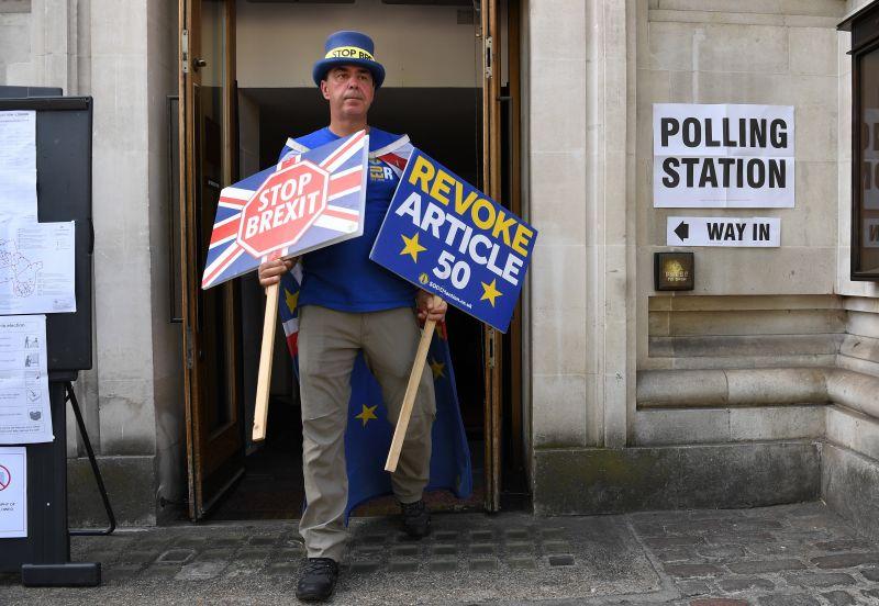 A britek már érzik a Brexit – zuhan a GDP