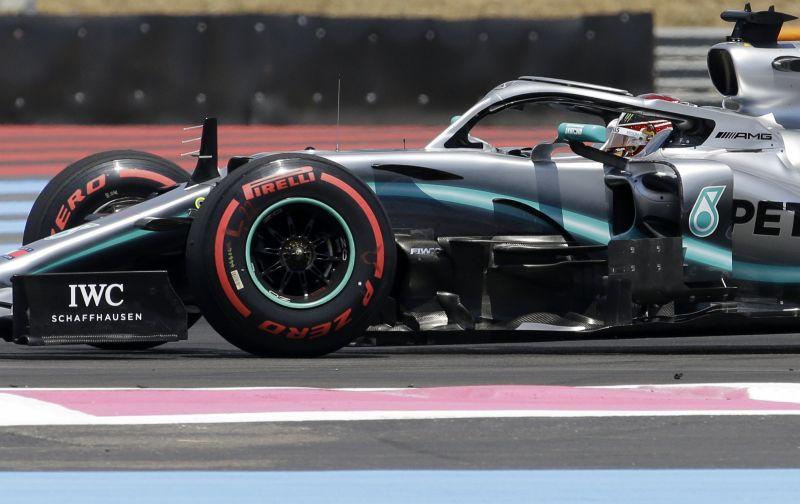 Lewis Hamilton nyerte az időmérőt