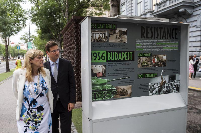 Gulyás: a XX. századi magyar történelem a hazugságok és a megkésett igazságok korszaka