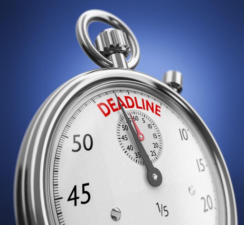 Ketyeg az óra: főként a vállalati ügyfelek kerülhetnek bajba az adatazonosítás elmulasztása miatt