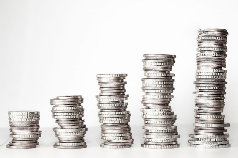 A forintért több mint 320 forintot kértek