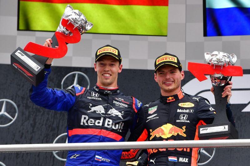 Német Nagydíj – Verstappen nyerte a kaotikus versenyt