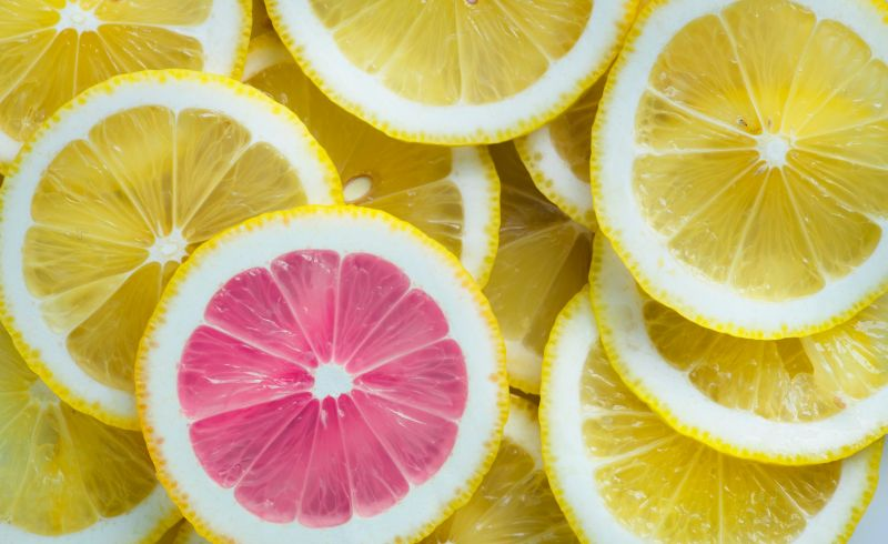 A C-vitamin nemhogy gyógyítaná a rákot, hanem inkább elősegíti