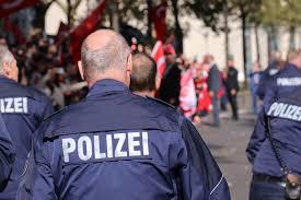 Miközben idehaza rettegni kell a migrációtól, a németek biztonságban érzik magukat