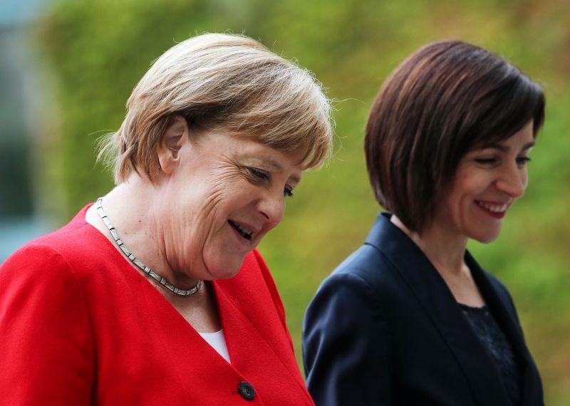 Merkel: tovább kell tárgyalni az afrikai országokkal