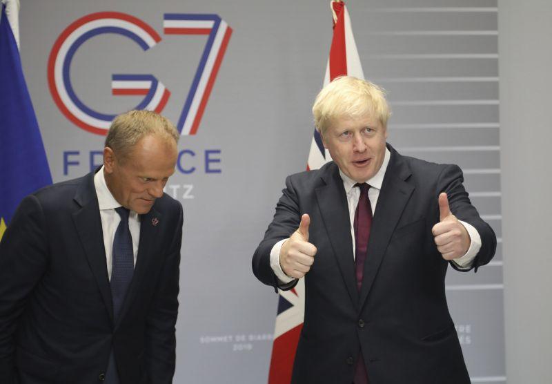 EU: bárhogy is távozik London, fizetnie kell