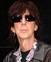 75 évesen halt meg a rocksztár