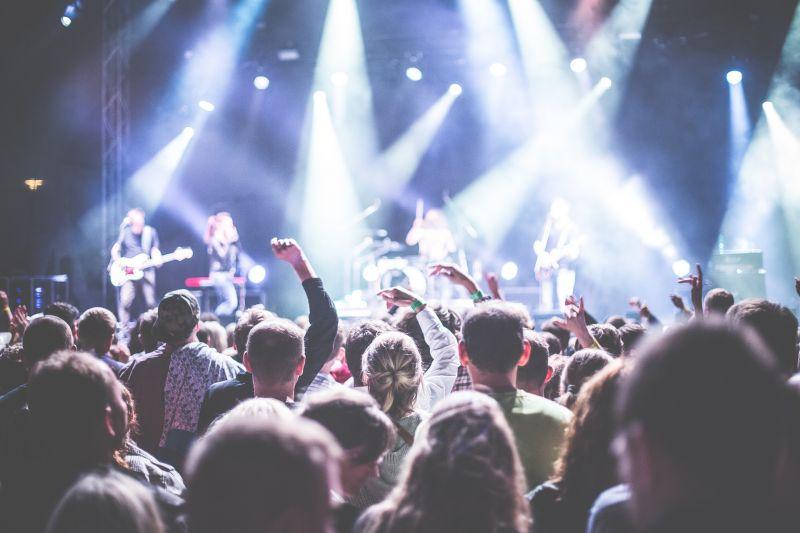Meghalt egy tinédzser egy zenei fesztiválon Angliában
