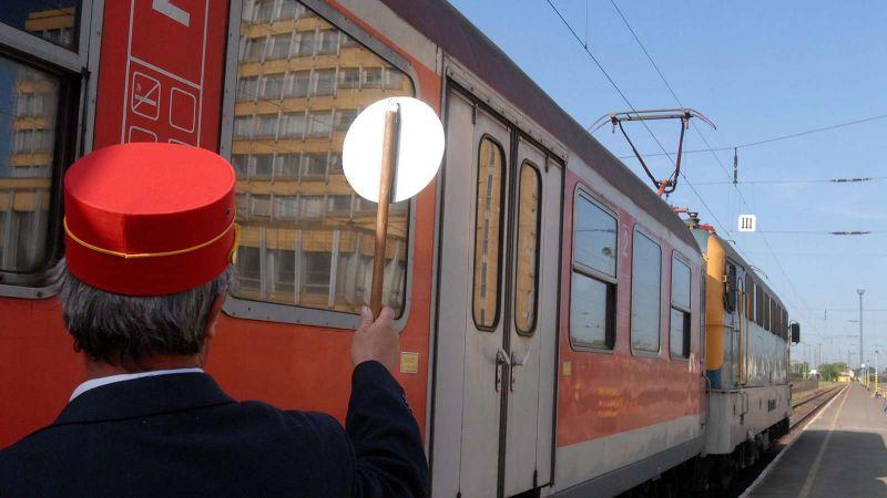 Újraindult a vonatközlekedés Hatvan-Hort-Csány-Vámosgyörk között
