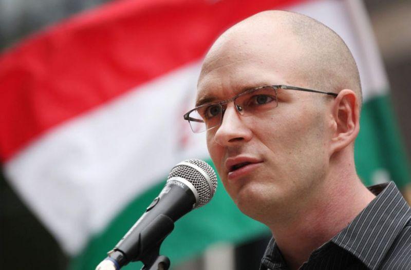 """A Jobbik """"vészprogramot"""" hirdetett a devizahitel-károsultak és a kilakoltatottak érdekében"""
