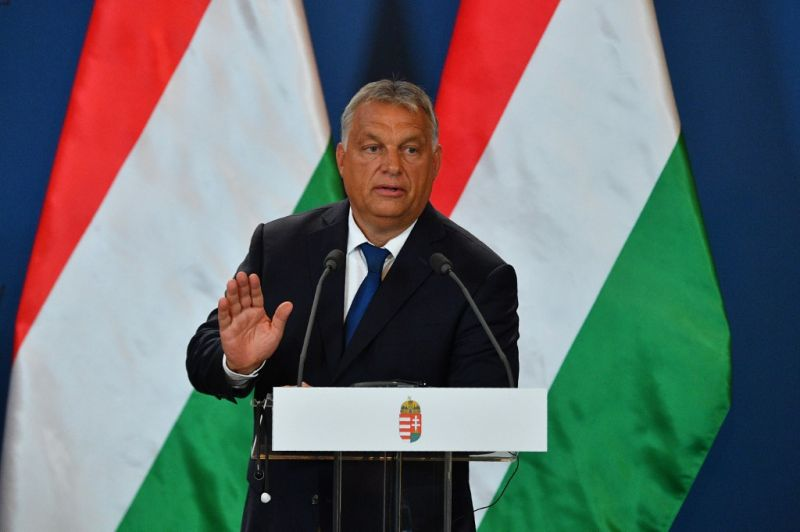 Orbán Viktor üzent az olasz miniszterelnöknek