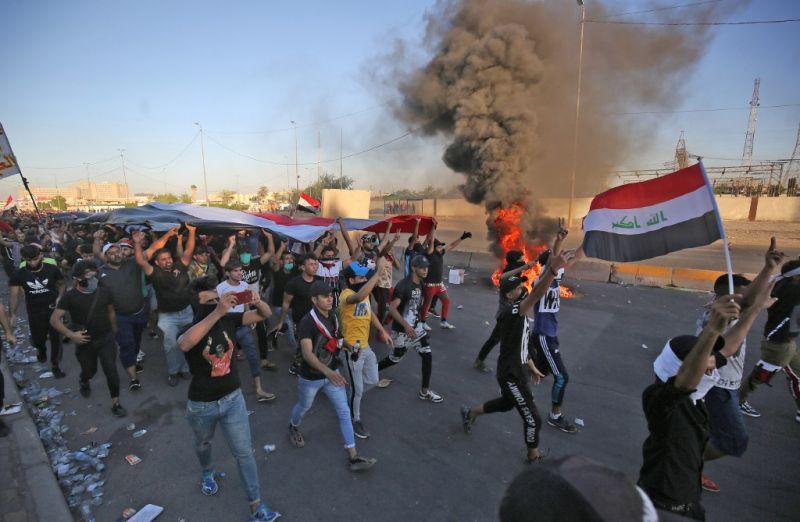 Tüzet nyitottak a tüntetőkre