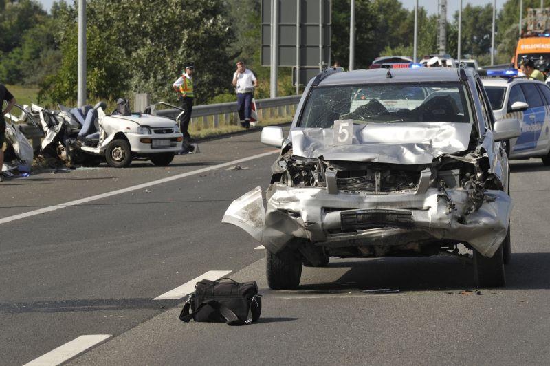 Szomorú tragédia az M5-ösön – megjöttek a fotók