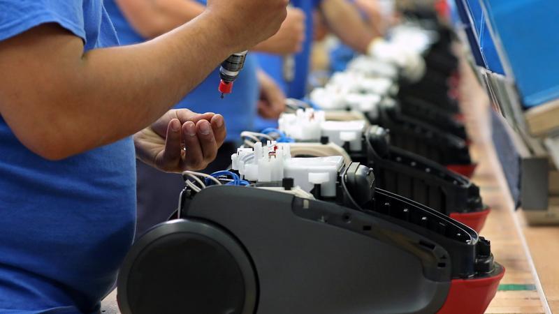 A kormány segítséget ajánlott az Electrolux leépítés előtt álló munkavállalóinak