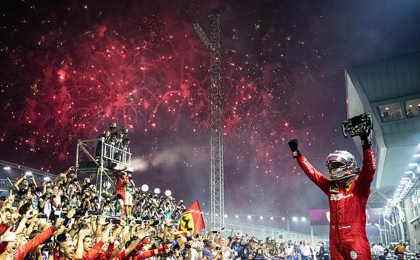 Szingapúri Nagydíj – Vettel több mint egy év után nyert