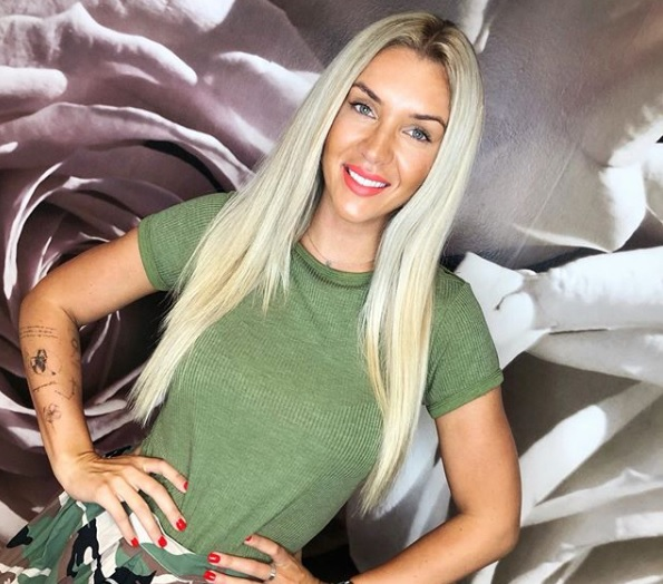 Hódi Pamela csúnyán ráfázott a botox kezelésre