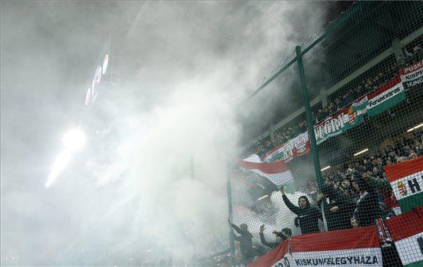 Az UEFA érvényben hagyta a zárt kapus büntetést, 14 év alatti szurkolókat toboroz az MLSZ