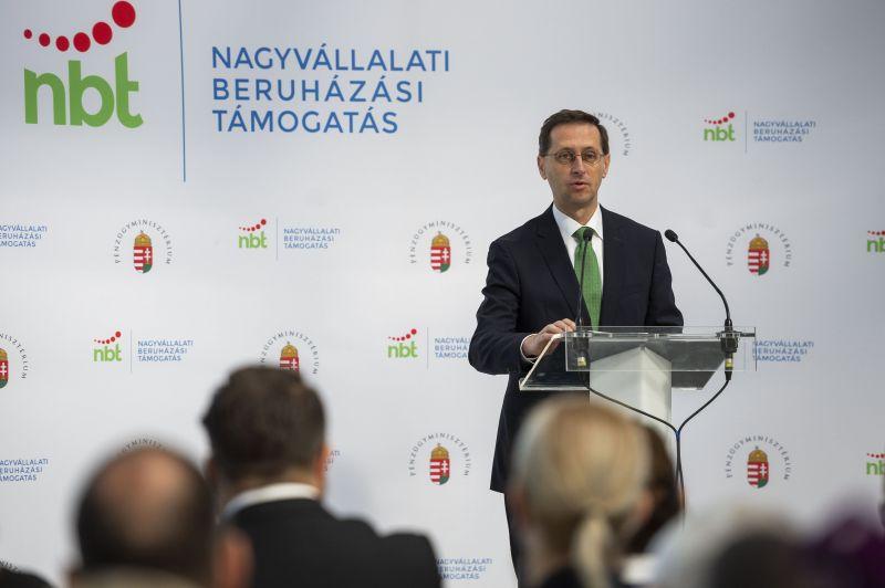 Most már a Világbanknak is Varga Mihály akarja megmondani, mivel foglalkozzon