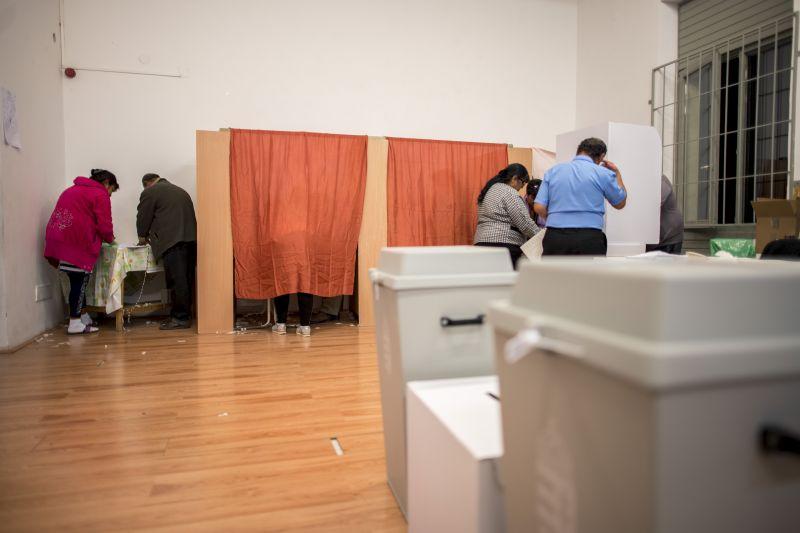Rekordrészvétel Jászberényben: nem lankad a szavazási kedv