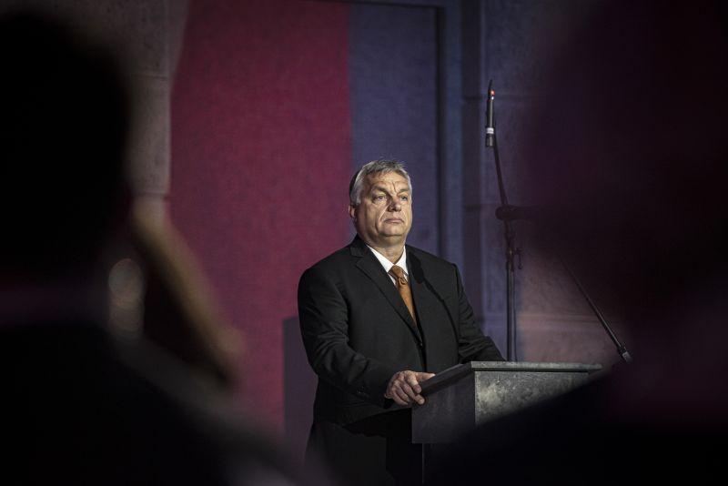 Orbán kiterjedt személyi változtatásokat tervez az önkormányzati fiaskó után