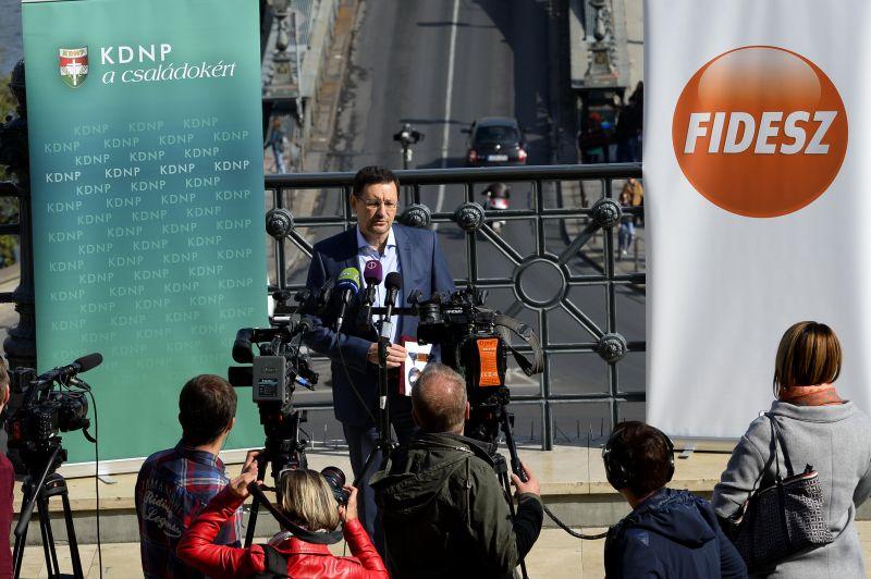 Sokkot kaptak a főváros leváltott fideszes polgármesterei