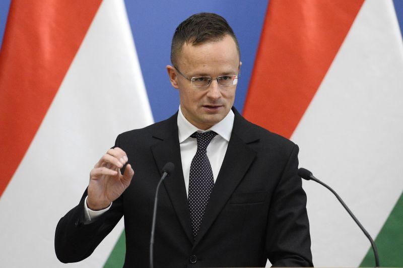 Szijjártó szerint Magyarország érdeke ilyen szorosra fűzni a viszonyt Putyinnal