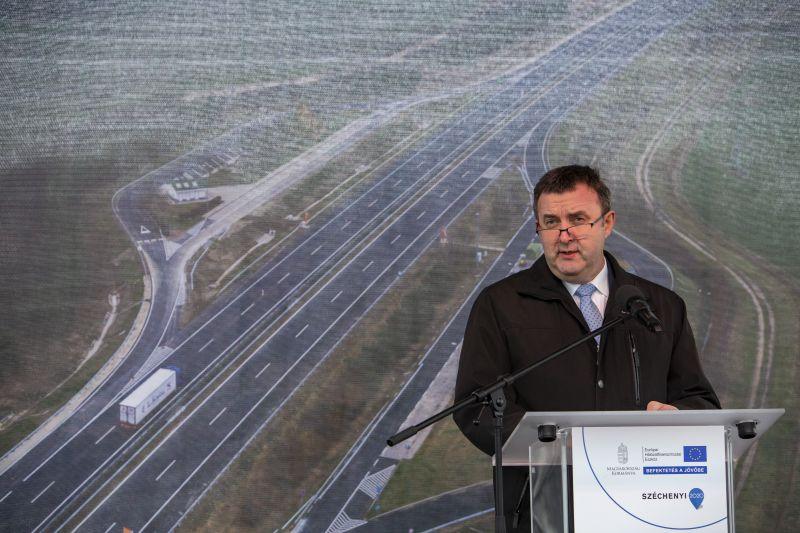 Palkovics minisztériuma az idei költségvetés kedvence