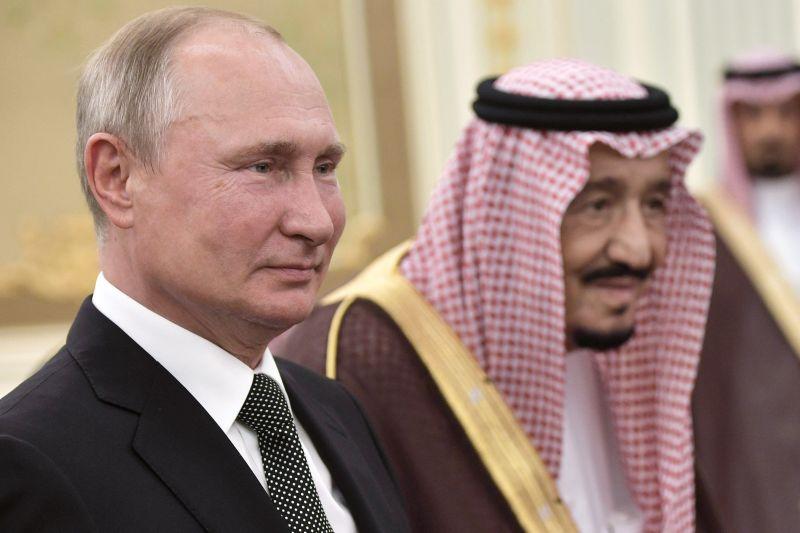 Nem csak Budapestre, de Kubába is utazik Putyin
