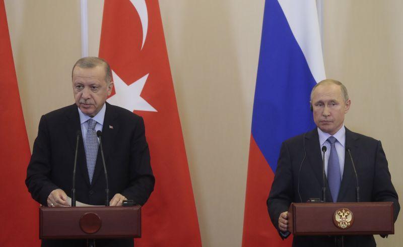 Putyin és Erdogan megállapodott a török offenzíváról