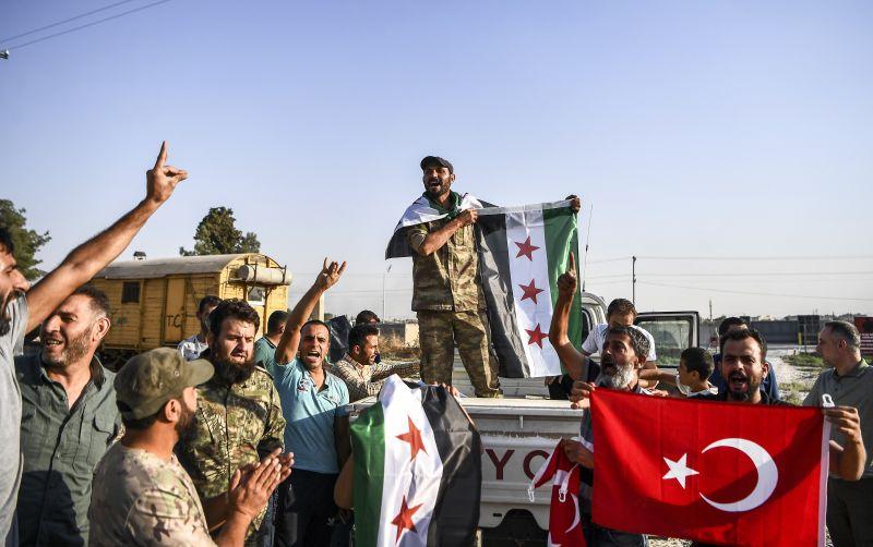 Erdogan büszkén folytatja a népírtással felérő támadását a kurdok ellen