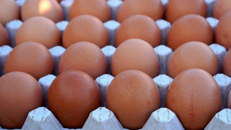 Fogadott, hogy meg tud enni ötven tojást, belehalt