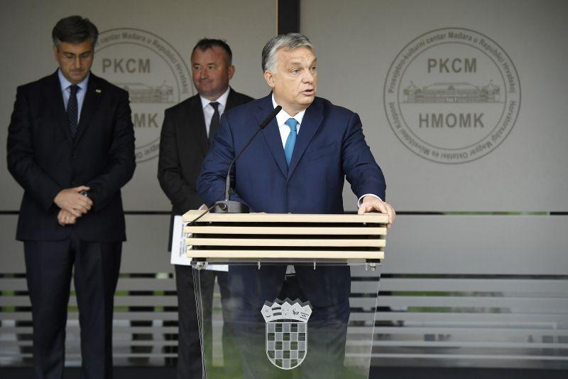 Orbán álmodozik: a Fidesz maga dönt a néppárti tagságáról