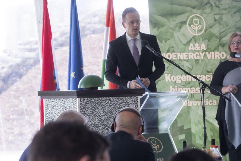 Ilyen a keresztény magyar politikus: nem megbocsátani, hanem büntetni akar Szijjártó