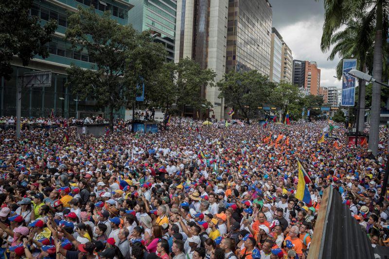 Trump Kubán veri le a venezuelai jogsértéseket