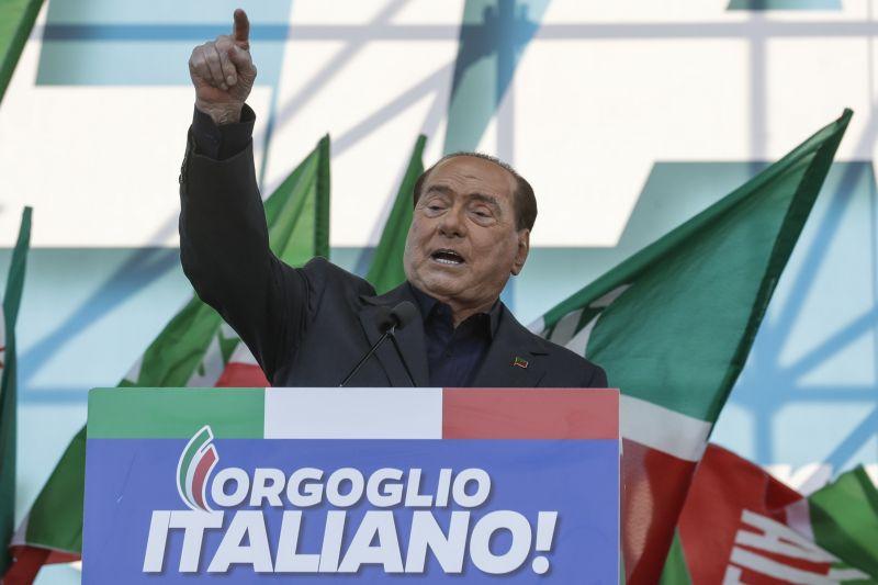 Maffiaügyben akarták kihallgatni Berlusconi – nem válaszolt a kérdésekre