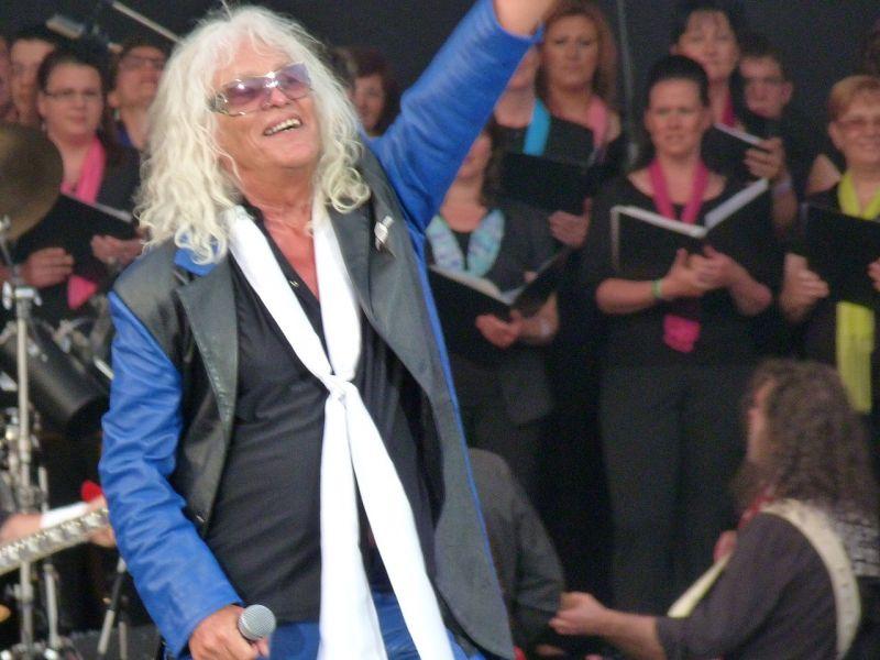 Kiderült, miért némult el az Omega-koncert az Arénában