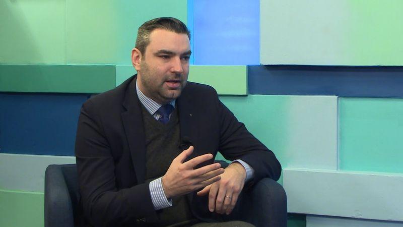 Ifj. Lomnici Zoltán szerint nemzeti minimumot kellene előírni a politikusok számára