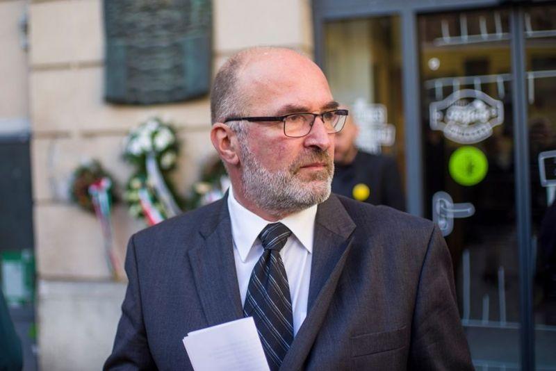 Hivatali vizsgálat indul Józsefvárosban a polgármesteri szabadságmegváltás miatt