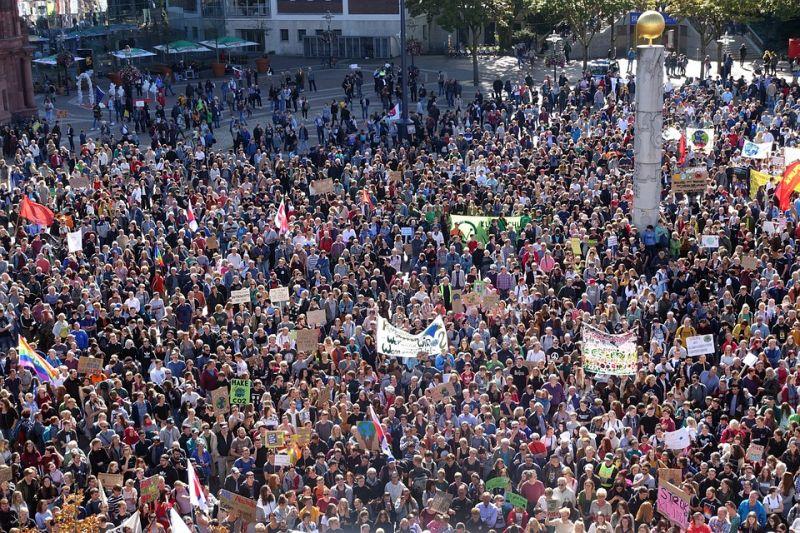 Szerdán sztrájkolnak a szociális munkások